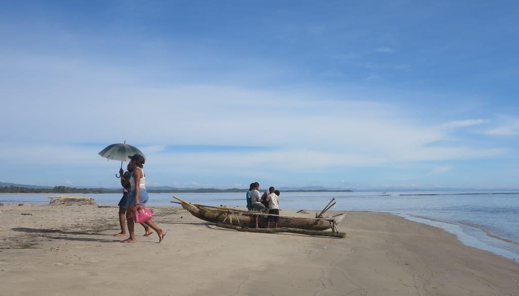 Am Strand von Mahambo