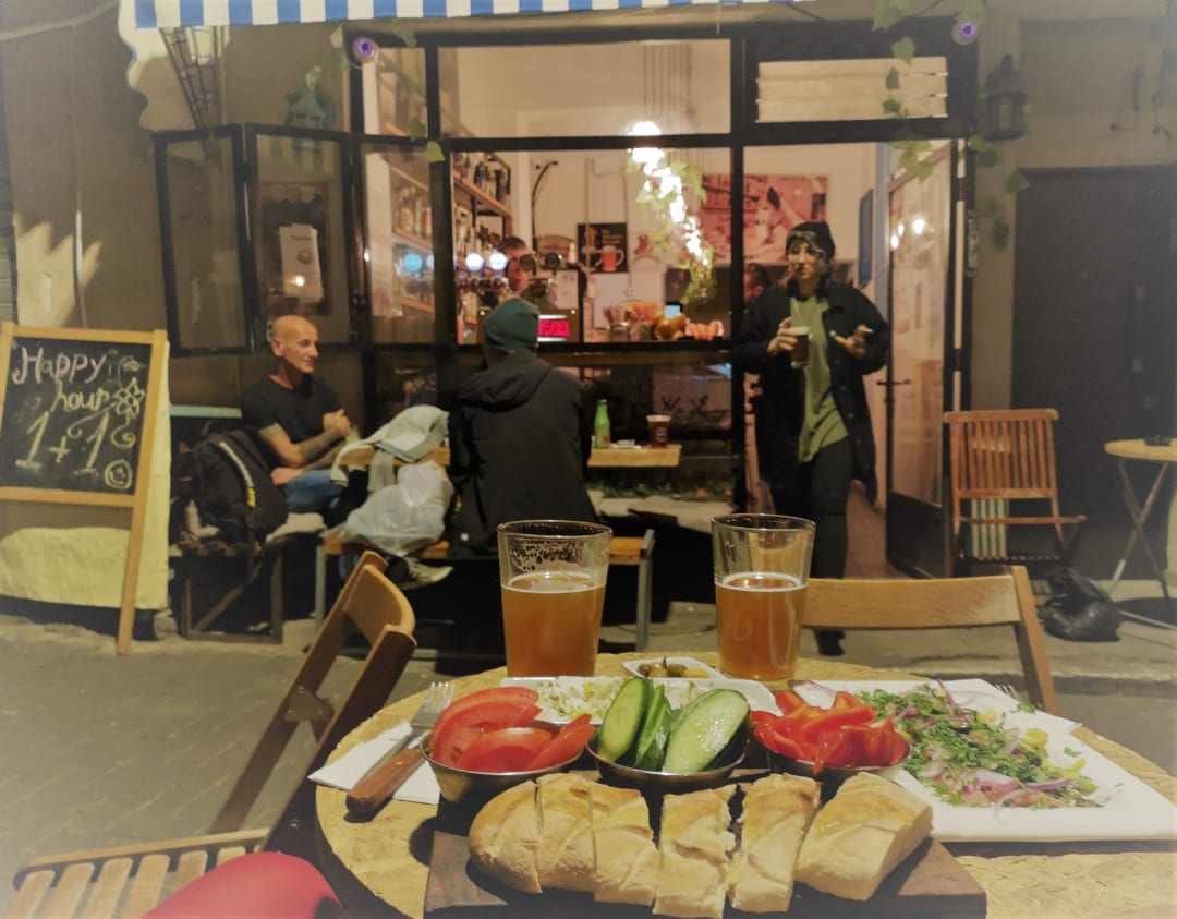 Bar im Viertel Kerem